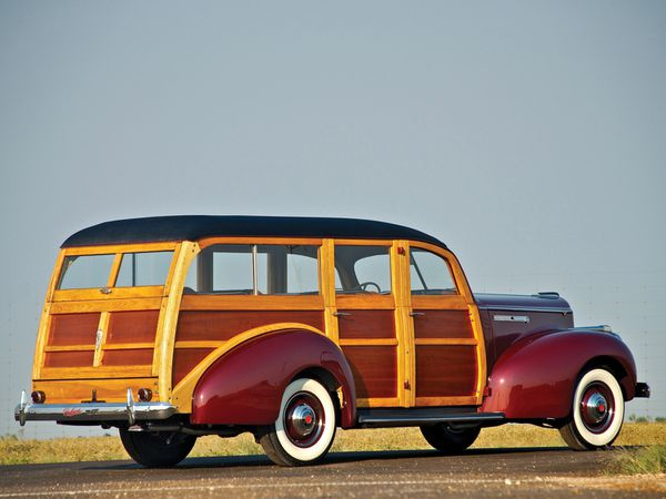 packard_110_woody_station_wagon_1941_106-copie-1.jpg