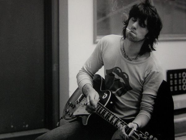 Keith_Richards_Wallpaper_by_JohnnySlowhand.jpg