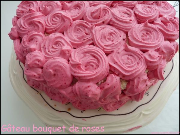 gateau-bouquet-de-roses-demi.jpg