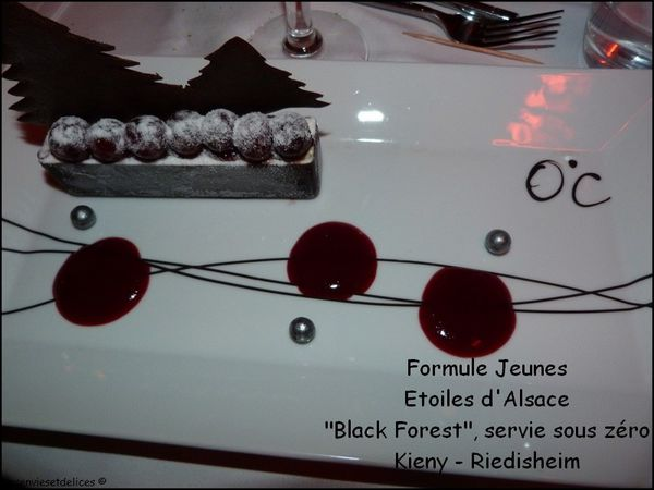 http://img.over-blog.com/600x450/2/36/56/97/Restaurant/Formule-Jeunes---Etoiles-d-Alsace---Black-Forest--servie-so.jpg