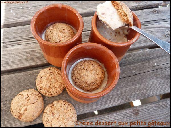 creme-dessert-aux-petits-gateaux.jpg