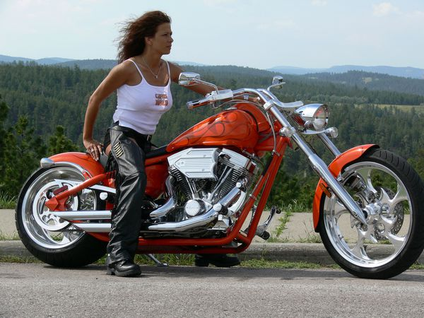 2012 girls on bikes brune 007 www.bigdogmotorcycles.com
