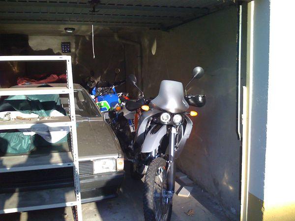 3-in garage