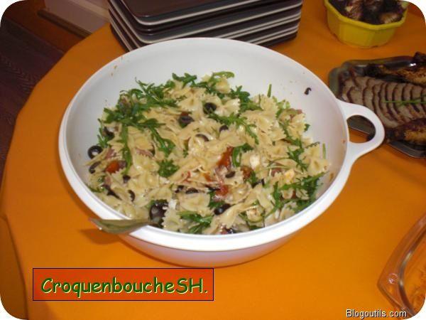 Salade-de-pates-avec-jambon-Ganda--roquette--oliv-copie-1.jpg
