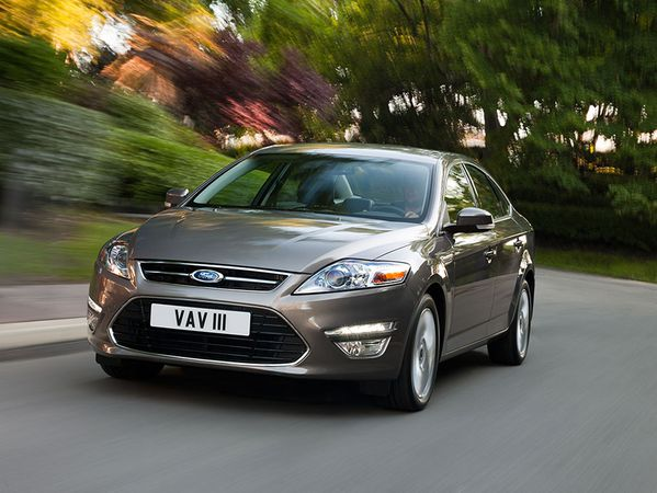 Mondeo-action5