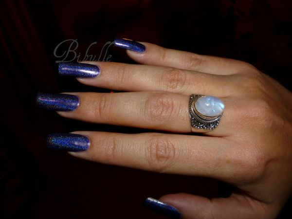 purple-holographic-polish-15.jpg