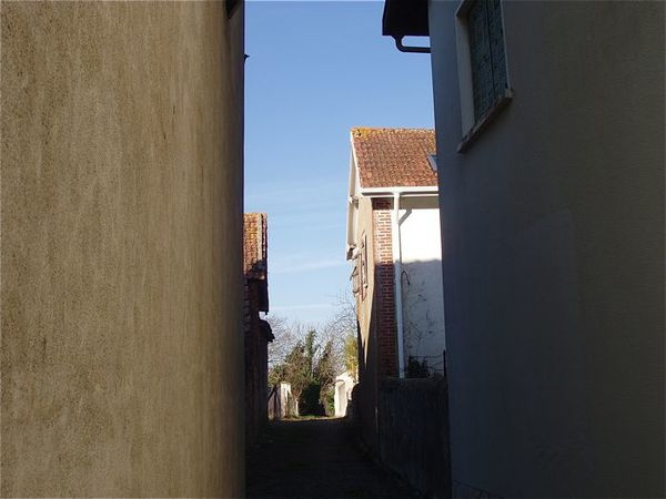 ruelle à Garlin1