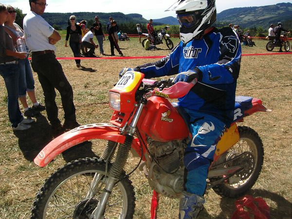 ENDURO-de-CHABRITS-2011-Bernard-MOTTIN-HONDA-250-XR.JPG
