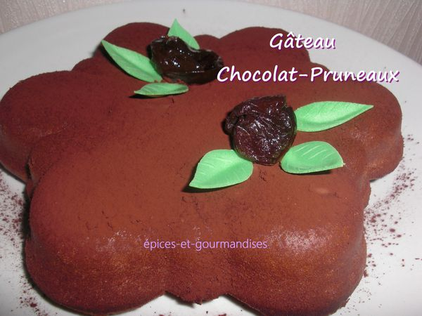 gateau-chocolat-pruneaux-CIMG6362--2-.jpg