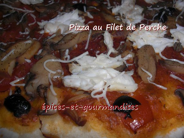 pizza-au-filet-de-perche-CIMG4501.jpg