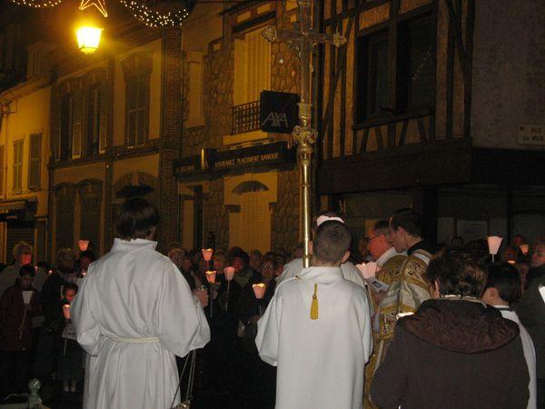 eglise fete de la lumière église St Pierre .Procession.n
