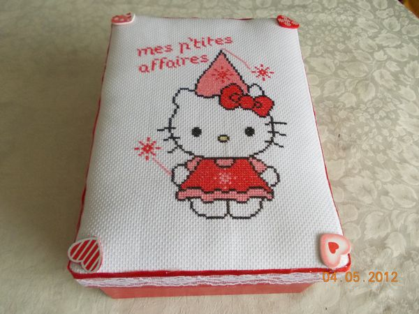 boite-hello-kitty-fee-1.JPG