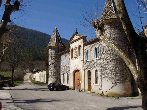 Chartreuse Image