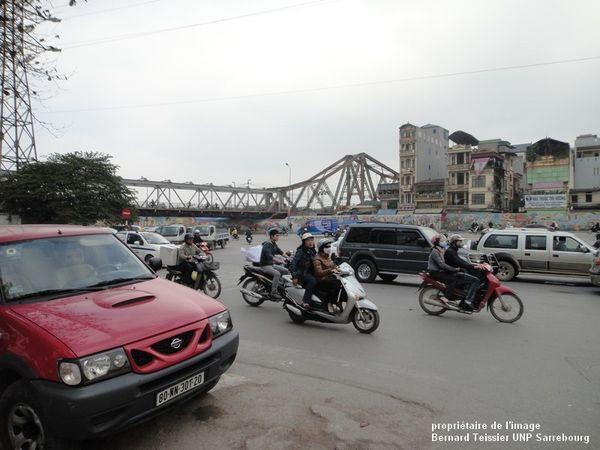 2012-l' ancien Pont Paul Doumer à Hanoï