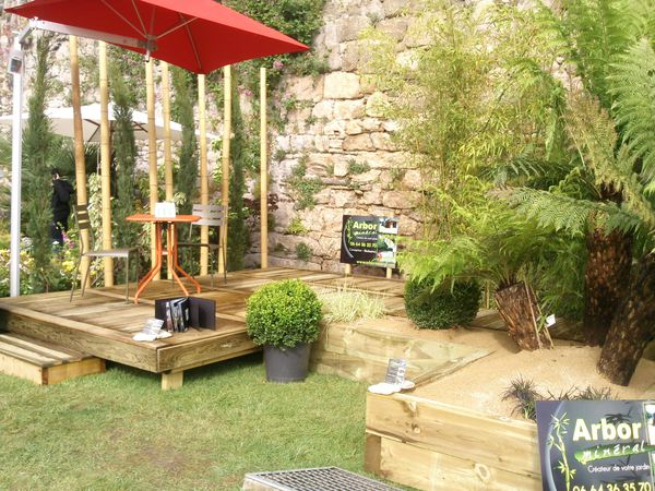 Am nagement de jardin salon vannes c t jardin 2011 paysagiste arbor min ral vannes for Amenagement de salon de jardin