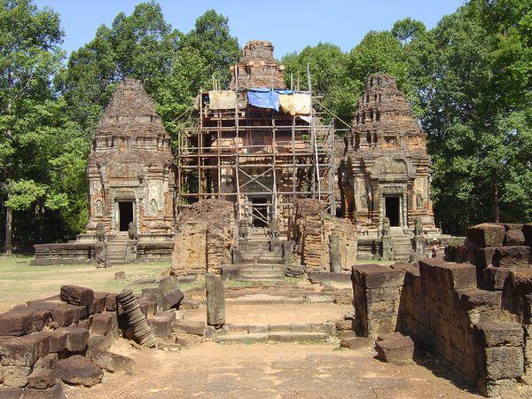 Angkor roluos Preah Ko (2)