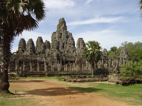 Angkor-thom-le-Bayon--8-.jpg