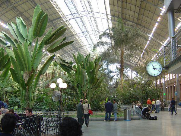 Madrid gare d 39 atocha lankaart for Jardines de la puerta de atocha