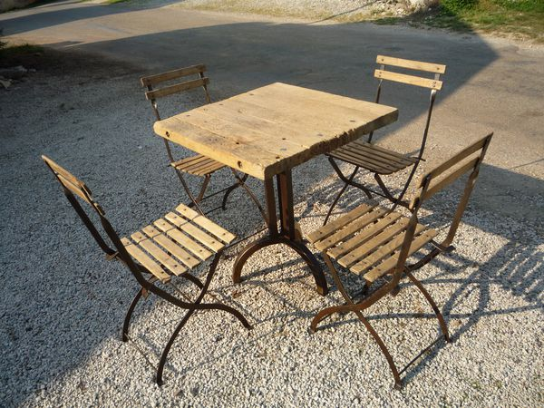 Tables mettetal industry design industriel du 20eme siecle - Table bistrot bois ancienne ...