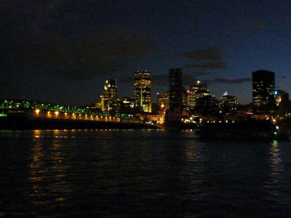 Montreal-By-Night-2b.jpg