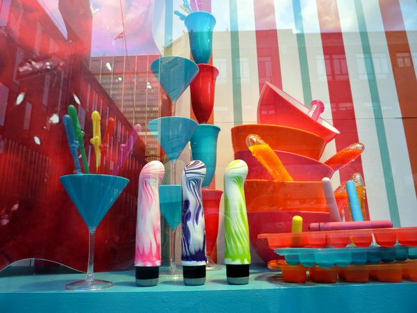 Montreal-Quartier-des-Spectacles-vitrine-2.jpg