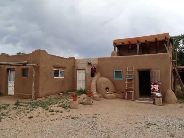 Taos Pueblo 9 boutique