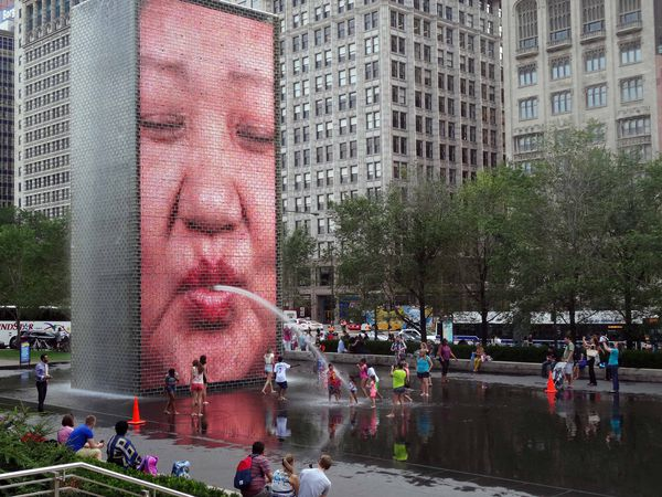 Chicago-Crown-Fountain.jpg