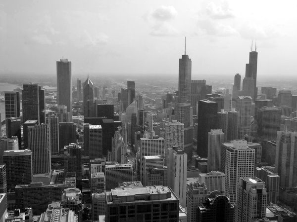 Chicago-Hancock-Center-vue-sud-Noir-et-blanc.jpg