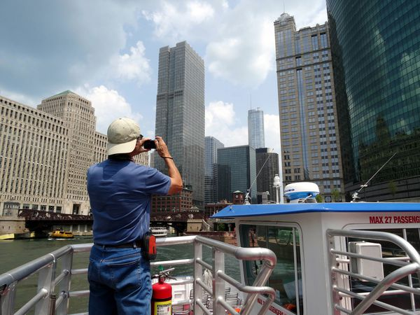 Chicago-River-Water-Taxi-Norbert.jpg
