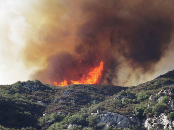 Yosemite feu flammes 2