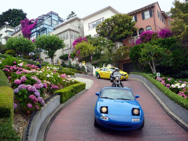 San-Francisco-voitures-Crooked-Street.jpg