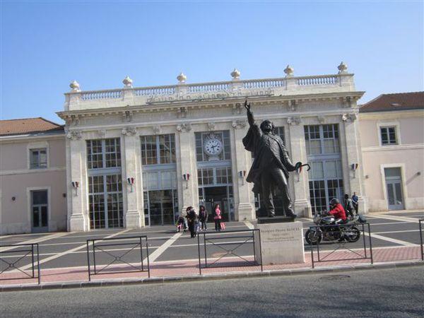 2013-02 1861-valence-gare