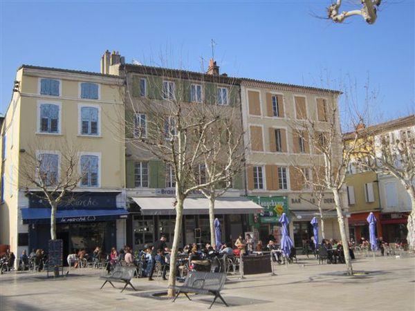 2013-02 1870-place-des-clercs