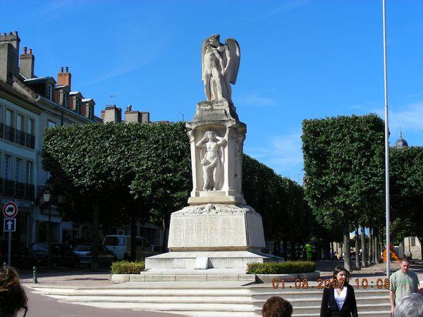 Monument aux morts - 02