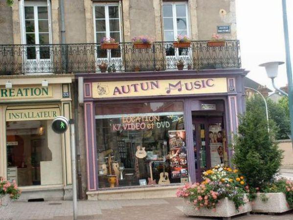 Avenue Charles de Gaulle - 09 (Copier)
