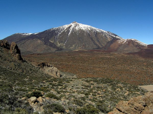 Teide_and_Caldera_2006---J.Steckert.jpg
