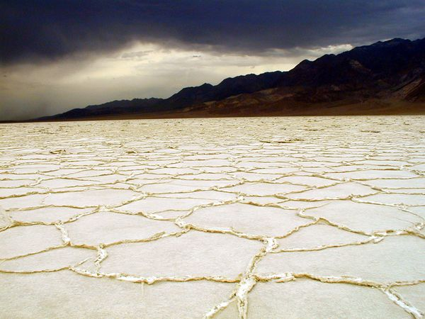 Daeth-valley---badwater-basin---NPS.jpg