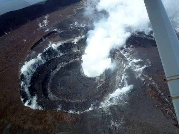 -nymulagira-crater-19-april-2012---Gorilla-CD.jpg