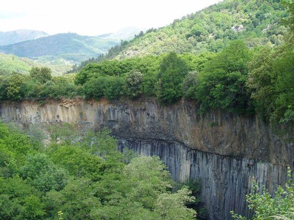 Gorges-de-la-Lignon---orgues-basaltiques---Stacher.ch.jpg