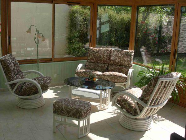 Salon valence exodia home design tables ceramique canapes salons tissu et cuir meubles de - Mobilier pour veranda ...