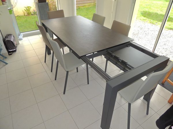 table ceramique enix exodia home design tables ceramique canapes salons tissu et cuir. Black Bedroom Furniture Sets. Home Design Ideas