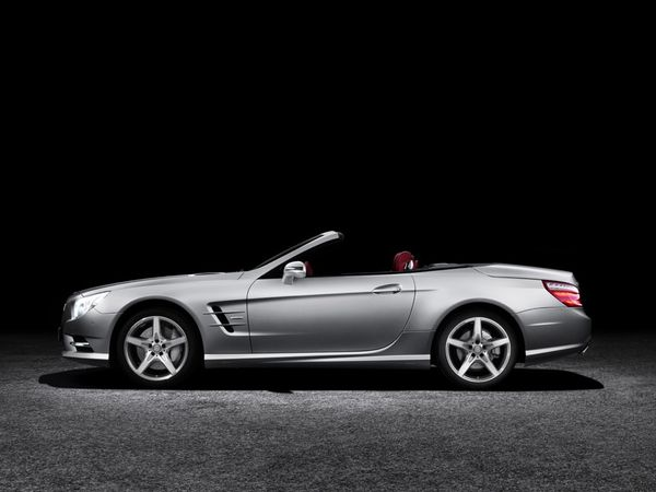 more-mercedes-benz-sl-2013-13.jpg