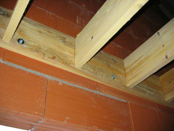 Plancher dans le garage le blog de m lanie et cl ment - Faire un plancher en bois dans un garage ...