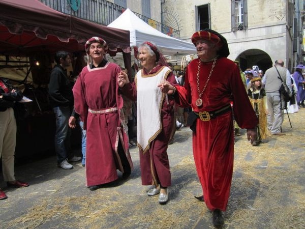 fete-medievale-sommieres-047.jpg