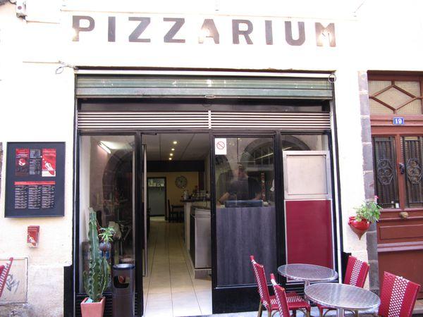 le restaurant le pizzarium de clermont ferrand. Black Bedroom Furniture Sets. Home Design Ideas