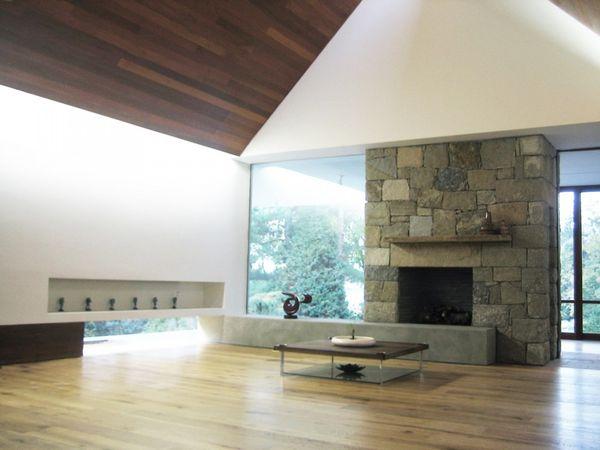1286296809-living-room-1000x750