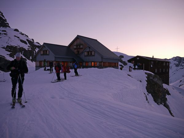 Chamonix Zermatt J4-01