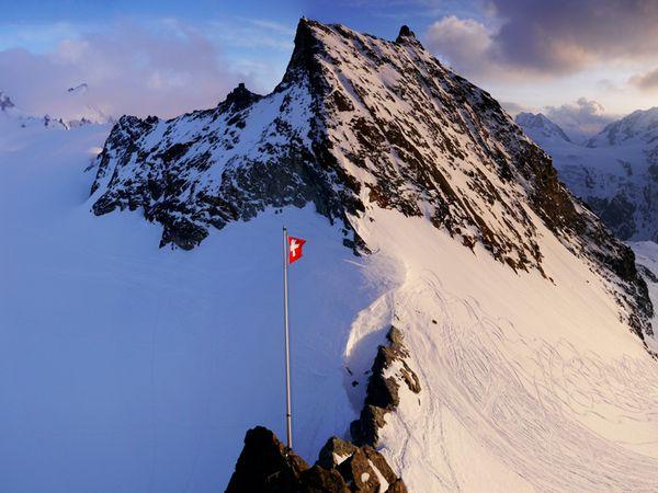 Chamonix Zermatt J6-15