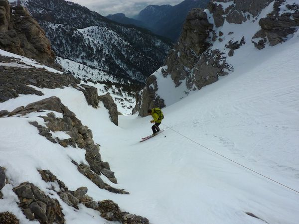 2011-03-19 mont Olympe 01