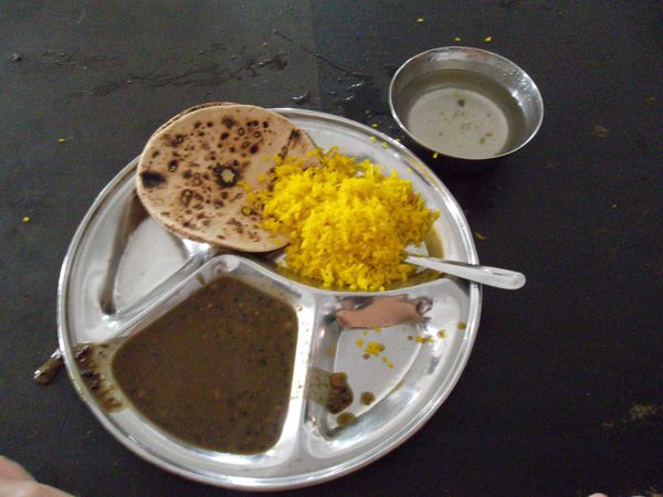 Amritsar, repas cantine temple d'or